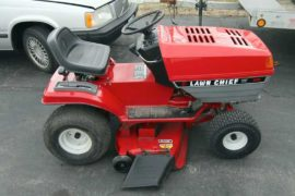 Who Makes Lawn Chief Mowers?
