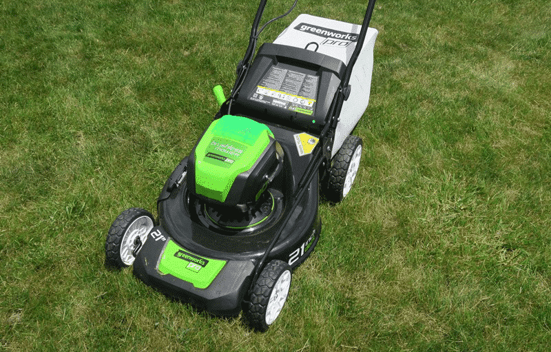Who Makes Greenworks Lawn Mowers
