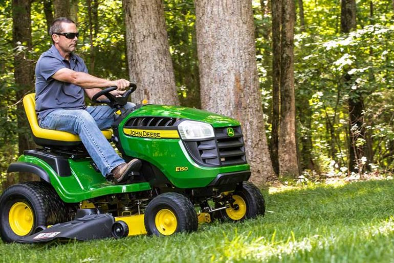 Who Makes John Deere Riding Lawn Mowers