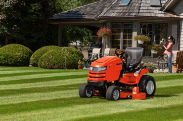 How Much Are Self Propelled Lawn Mowers? - Mowers Boy