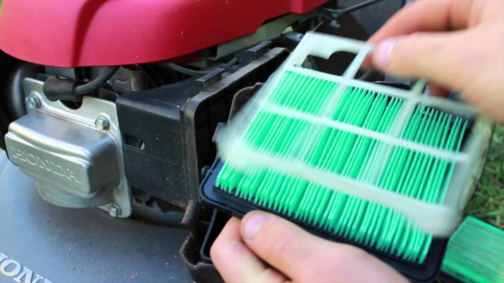 Cleaning process of air filter