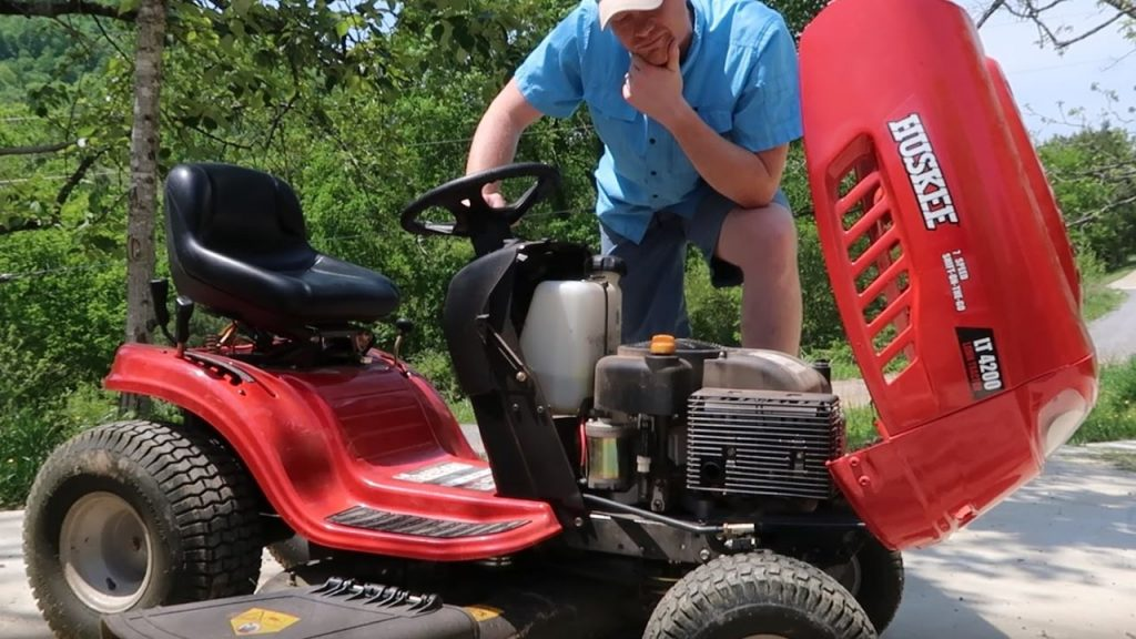 How to start a riding lawnmower